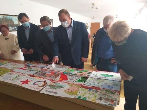 О героях былых времен… В Аргаяшском районе подвели итоги конкурса детских рисунков